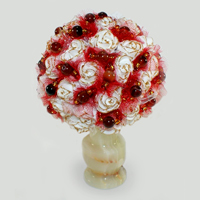 Цветы из сардоникса