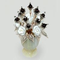 Цветы из граната Дорина