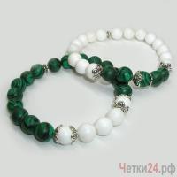 Парные браслеты из малахита и селенита «Цветочное торжество» купить в интернет-магазине Четки24!
